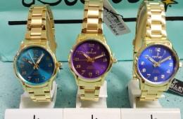 Reloj colección chic de Nowley. Acero dorado y esferas de colores.
