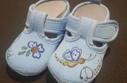 Zapatos bebé hasta 10 meses. En azul o rosa.