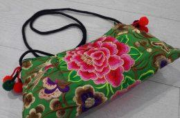 Bolso bordado (por ambos lados) tailandés. Bolso Phuket.