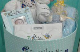 Canastilla de bebé personalizada.