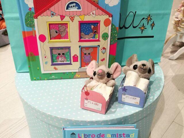 Peluche bebé ratoncito (niño o niña) de The House of Mouse.
