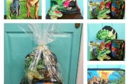 Canastilla Primera Comunión niño, colección Dino World.