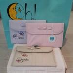 Porta-documentos personalizados de Tuc Tuc. Azul, rosa y lino.