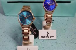 Reloj acero rosa y esferas de colores. Colección chic de Nowley.