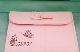 Portadocumentos de salud para el bebéde Tuc Tuc. Tono rosa.
