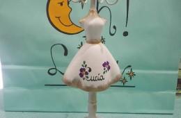 Busto cuelga accesorios. Se personaliza con el nombre. (31cm).