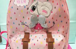 Mochila niña de The House of Mouse, (se personaliza con el nombre).