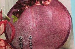 Tocado estilo pamela con diadema. (se realizan en varios colores).